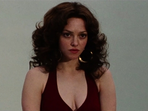 Amanda Seyfriend as Linda Lovelace